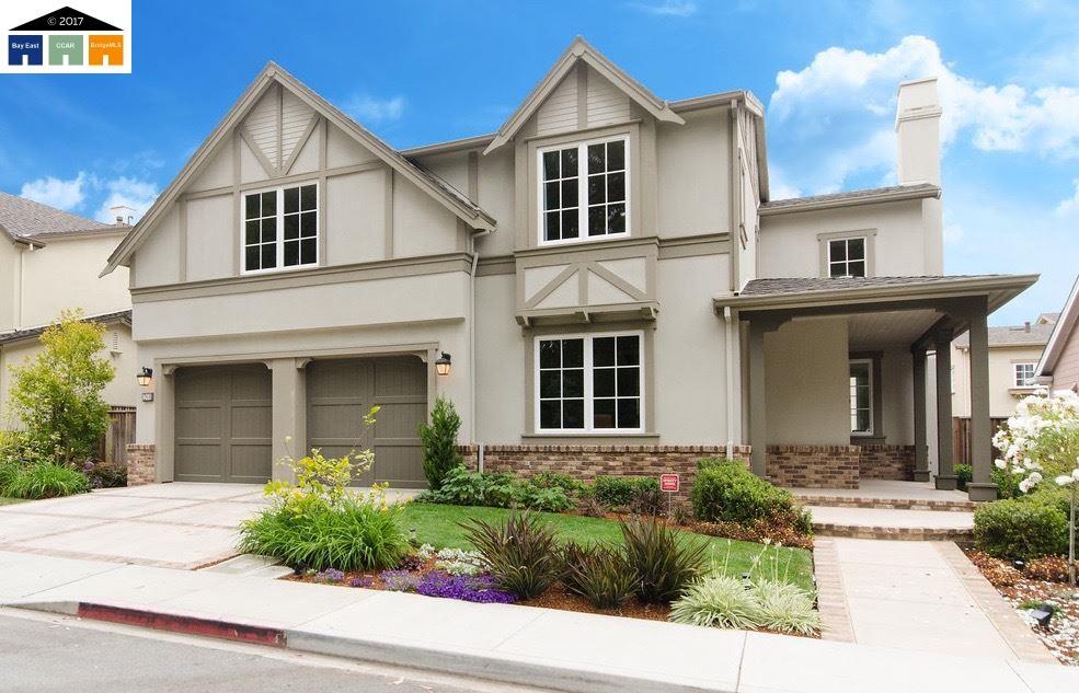 Maison unifamiliale pour l Vente à 261 Bayhill Road Half Moon Bay, Californie 94019 États-Unis