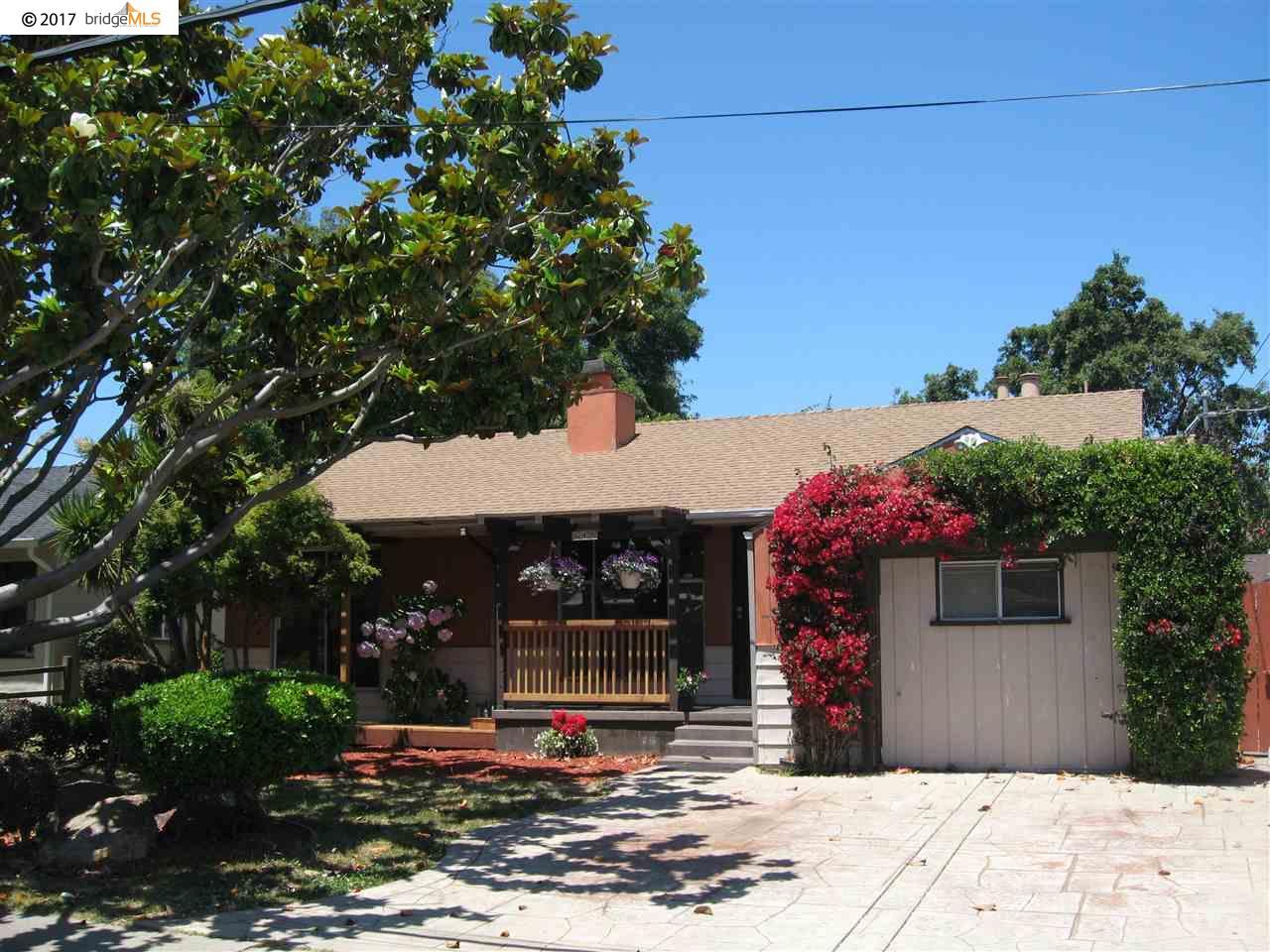 Maison unifamiliale pour l Vente à 645 Via Alamo San Lorenzo, Californie 94580 États-Unis