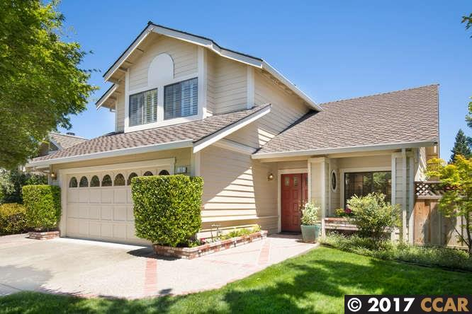 واحد منزل الأسرة للـ Sale في 30 Cannes Court Danville, California 94506 United States