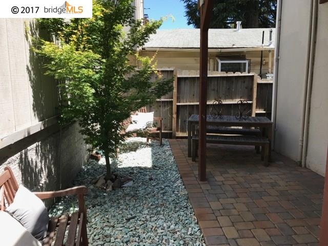 Additional photo for property listing at 4844 Daisy Street 4844 Daisy Street Oakland, Californie 94619 États-Unis