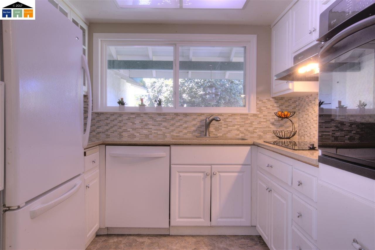 Additional photo for property listing at 2806 ZINNIA  Union City, カリフォルニア 94587 アメリカ合衆国