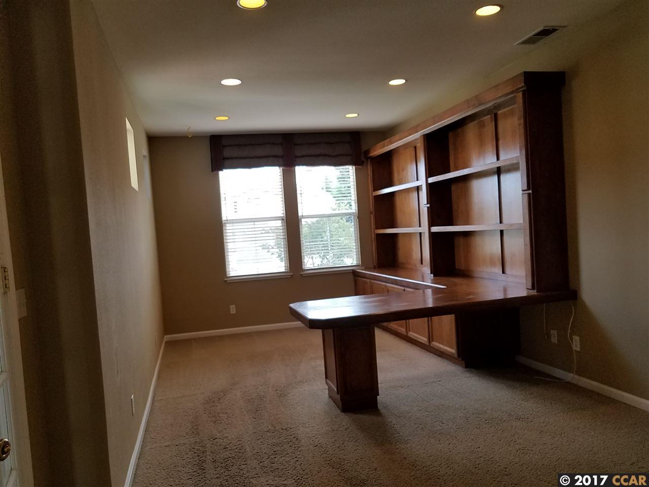 Additional photo for property listing at 2303 Kaiser Court  Antioch, 加利福尼亞州 94531 美國