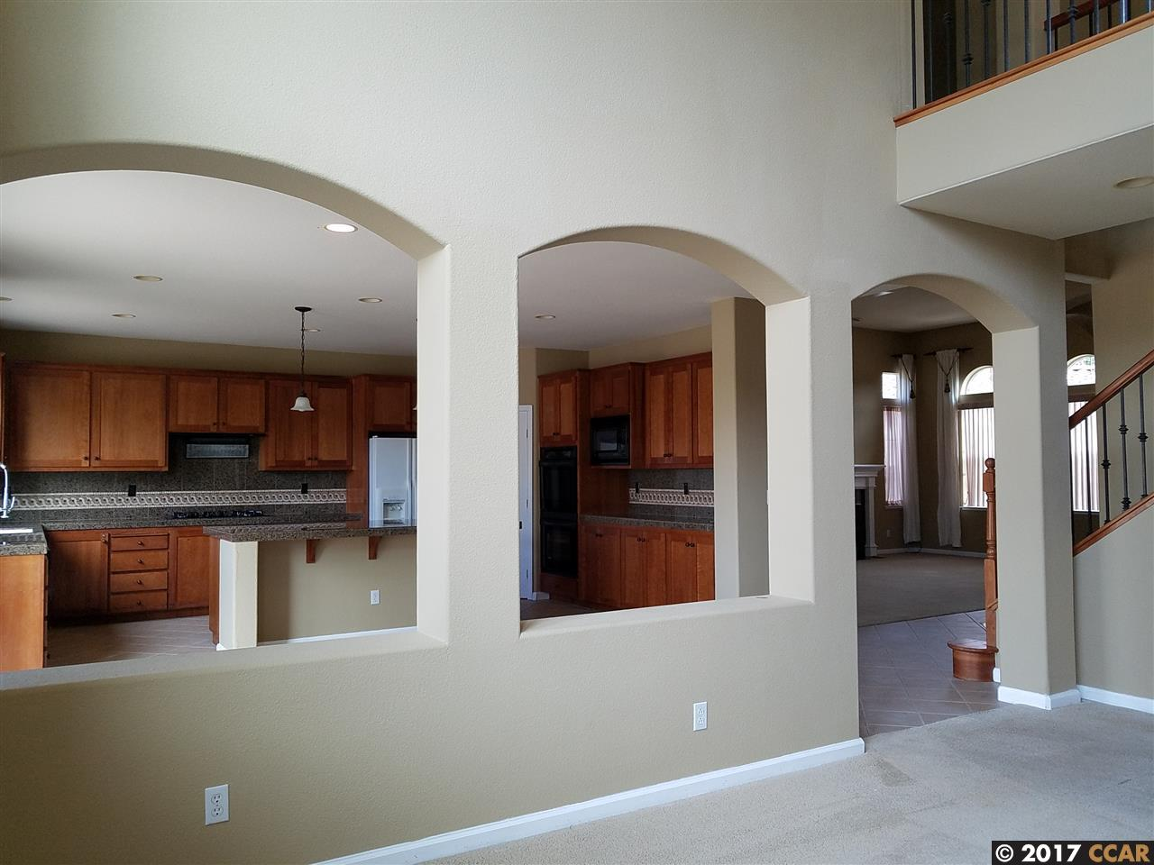 Additional photo for property listing at 2303 Kaiser Court  Antioch, Californie 94531 États-Unis