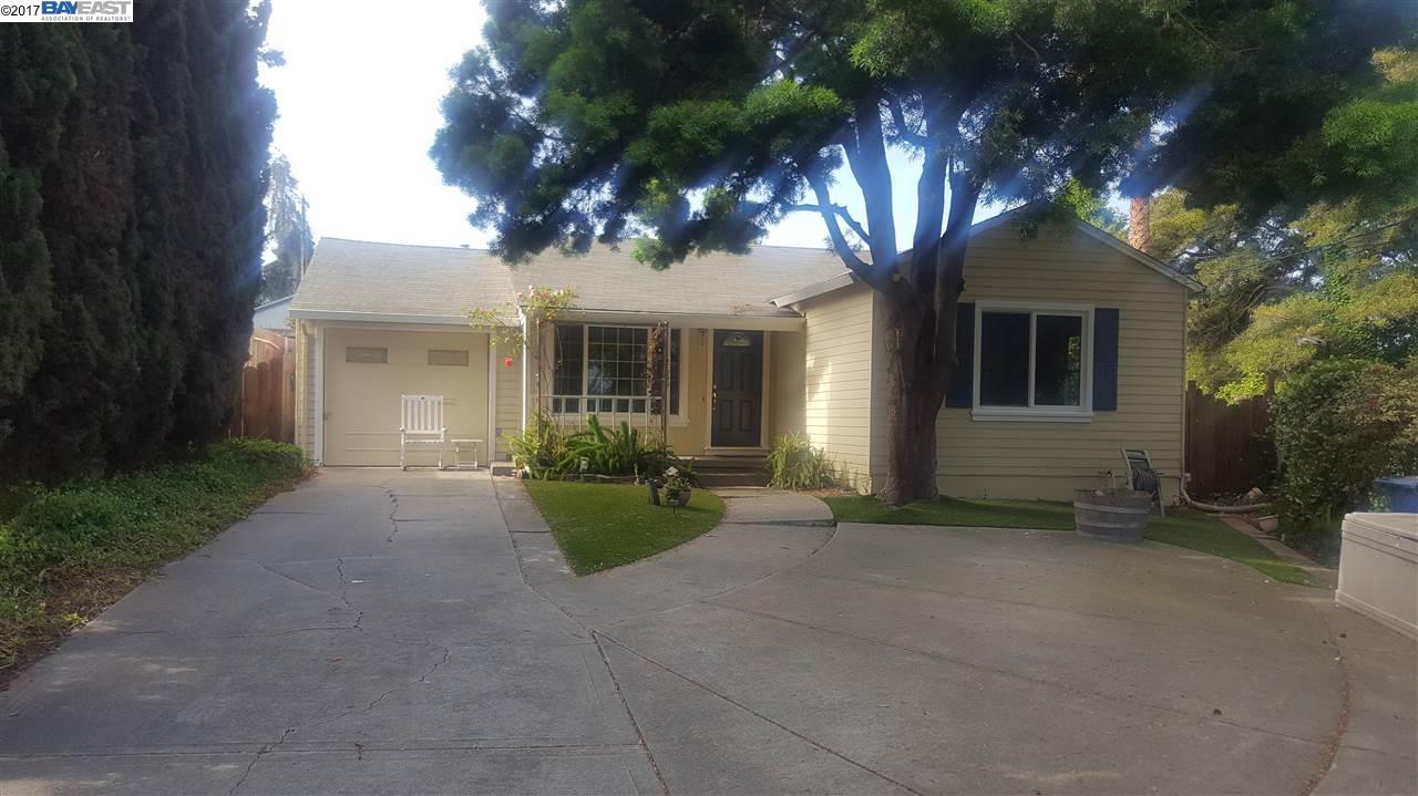 Additional photo for property listing at 2655 Watson Street  Castro Valley, California 94546 United States