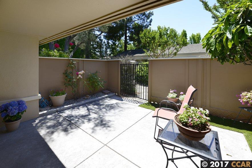 Additional photo for property listing at 2101 Tice Creek  Walnut Creek, Калифорния 94595 Соединенные Штаты