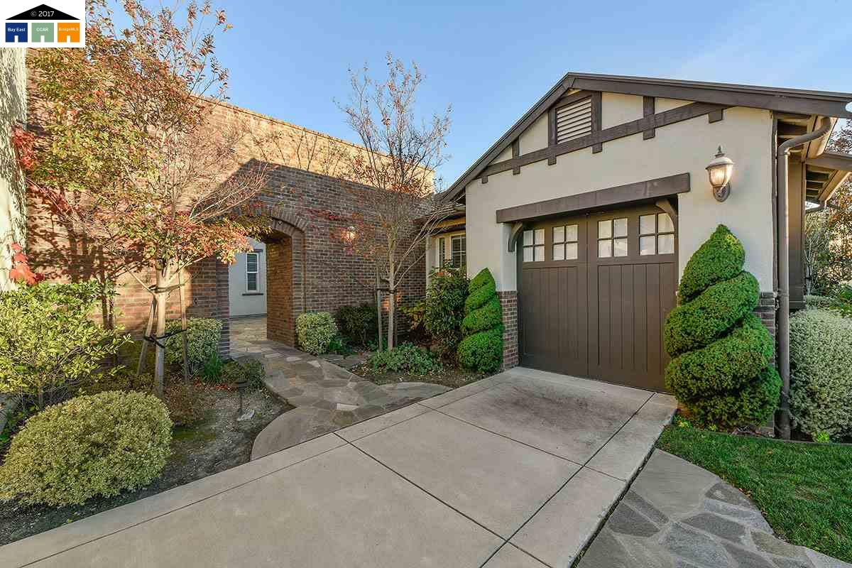 Additional photo for property listing at 5521 Satinleaf Way  San Ramon, California 94582 United States