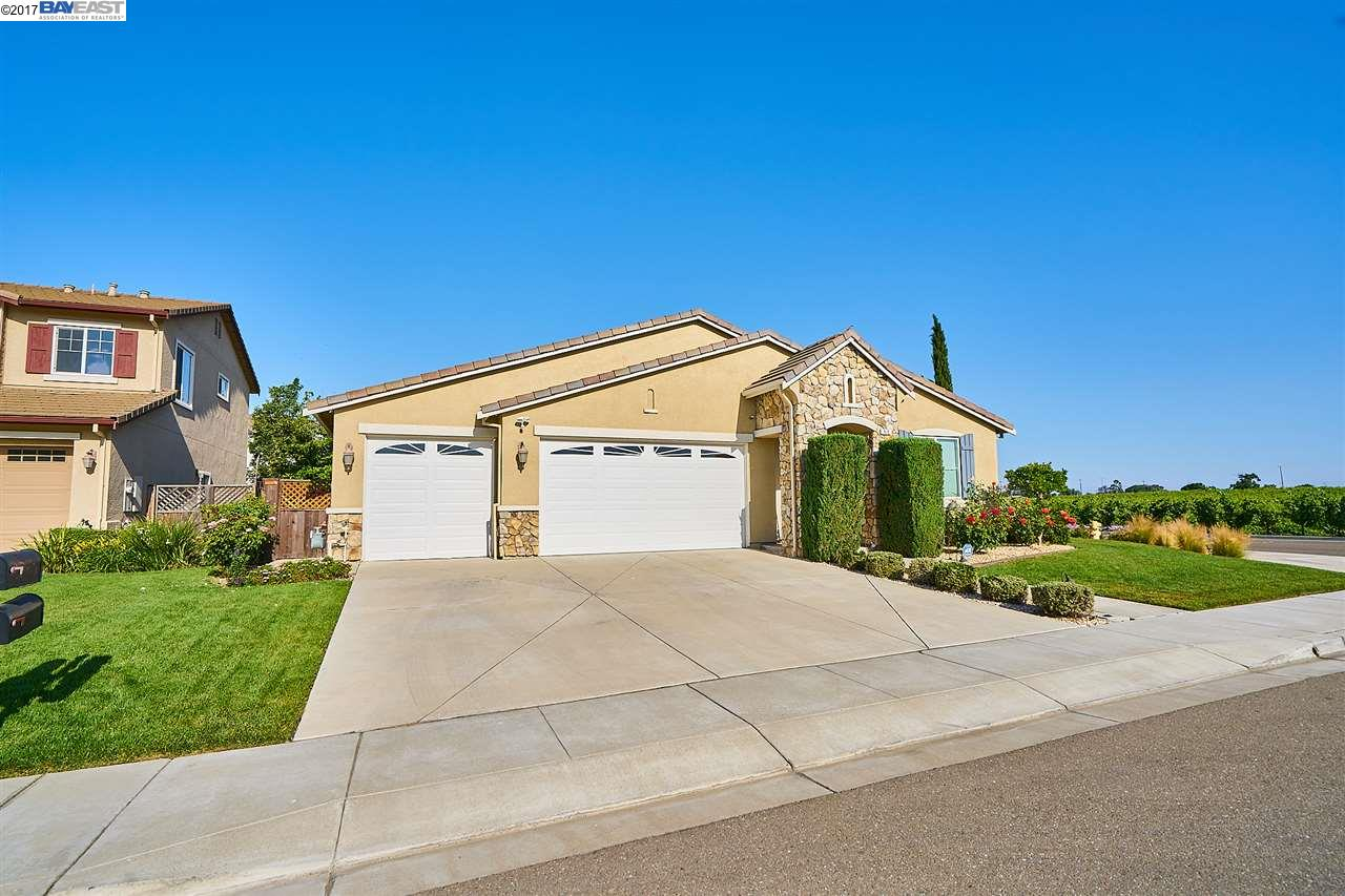 Additional photo for property listing at 510 Silver Spur Lane  Oakley, Californie 94561 États-Unis