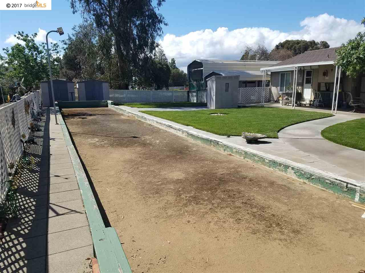 Additional photo for property listing at 59-67 Old Stagecoach Road 59-67 Old Stagecoach Road Brentwood, California 94513 Estados Unidos