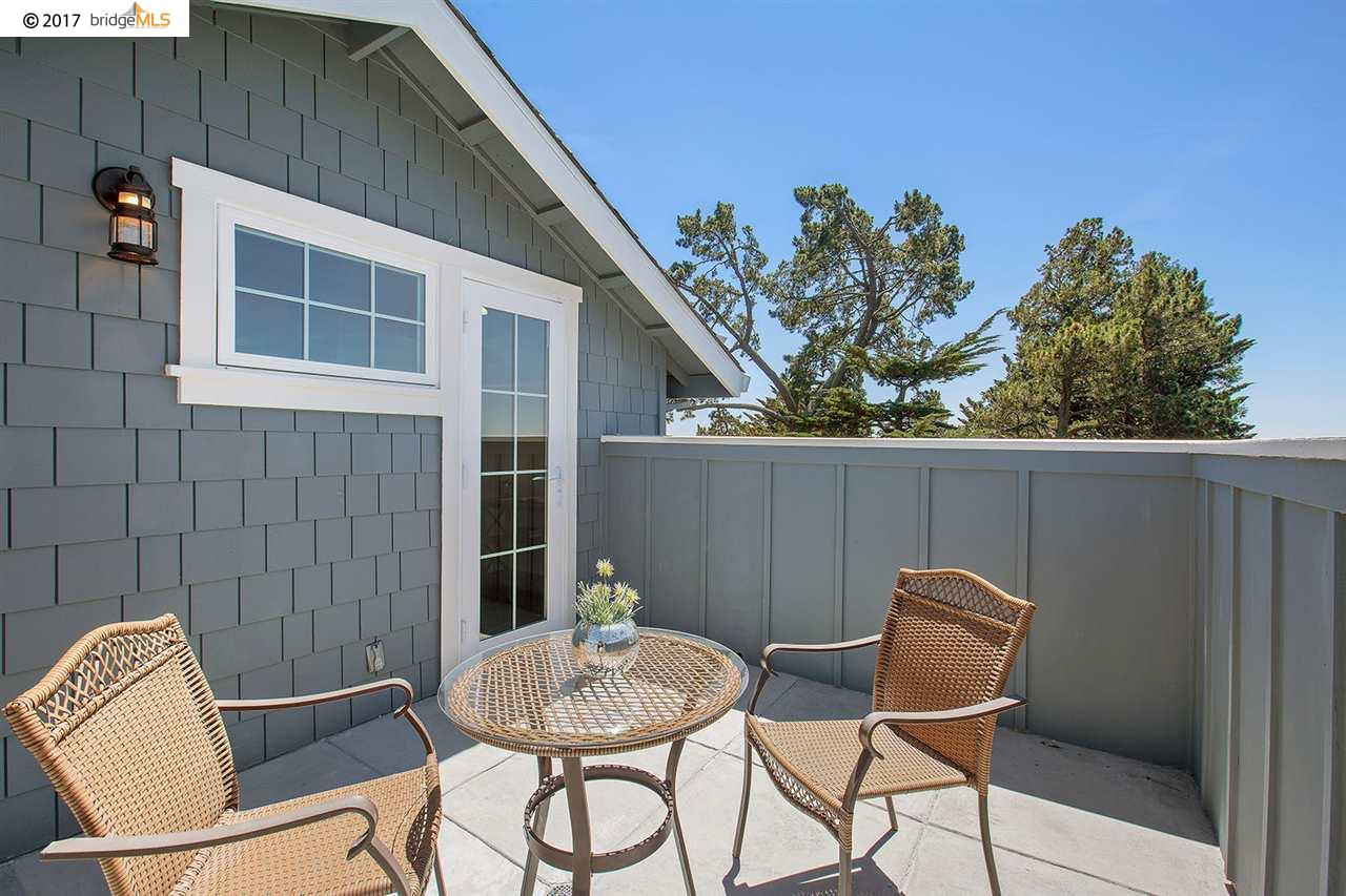 Additional photo for property listing at 25 Asilomar Circle  Oakland, California 94611 United States