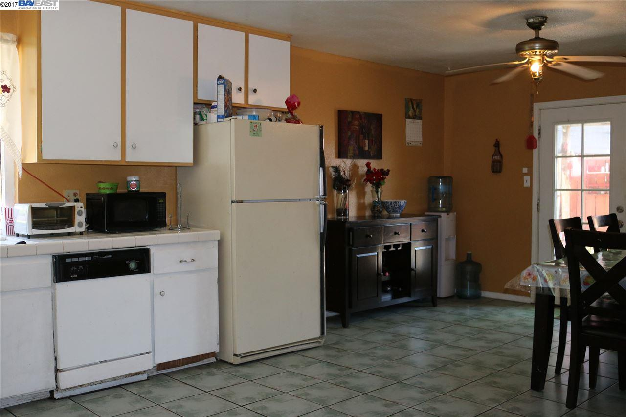 Additional photo for property listing at 907 WAWONA Street  Manteca, Californie 95337 États-Unis