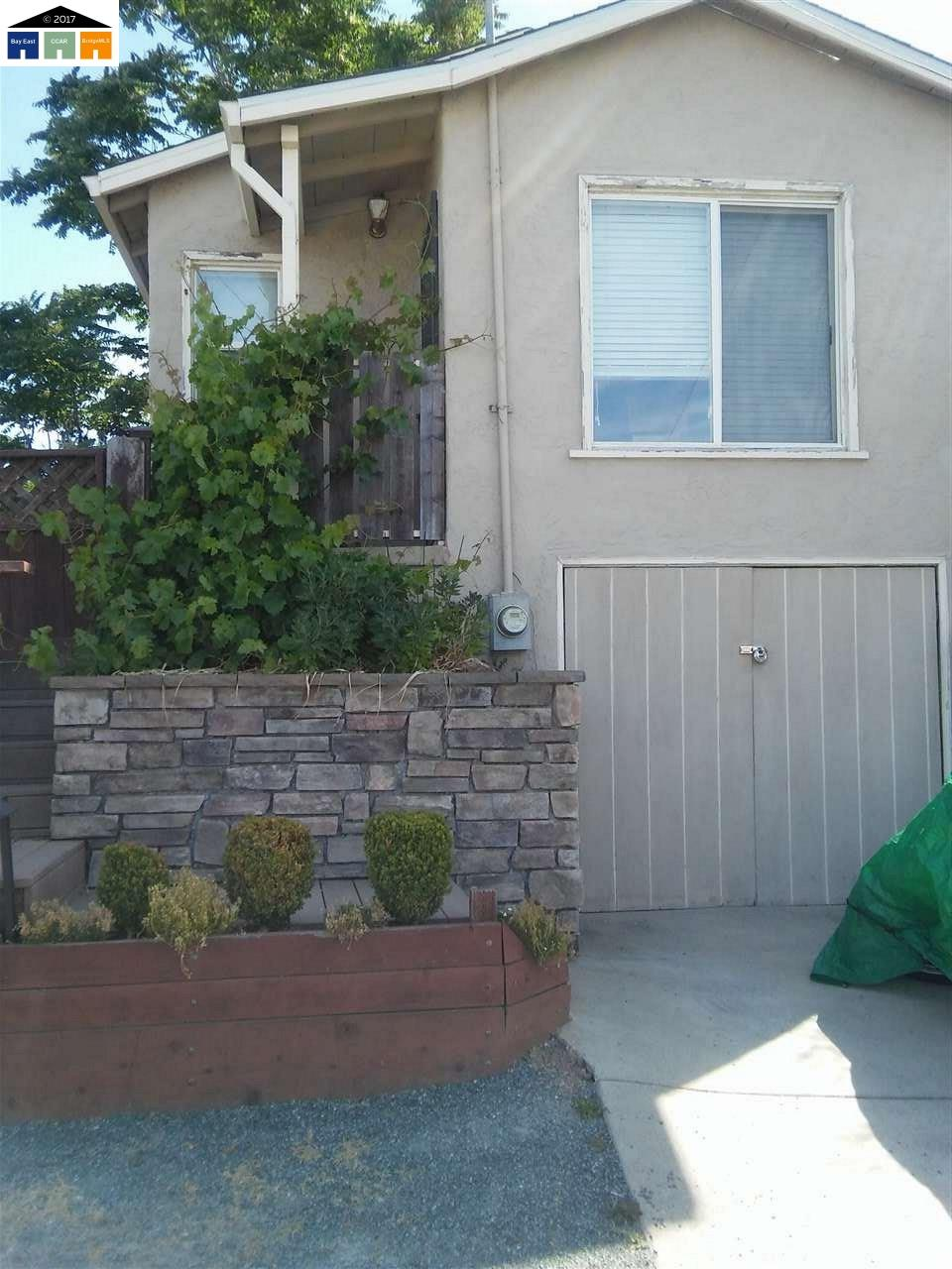 Additional photo for property listing at 2415 Martinez Avenue  Martinez, Kalifornien 94553 Vereinigte Staaten