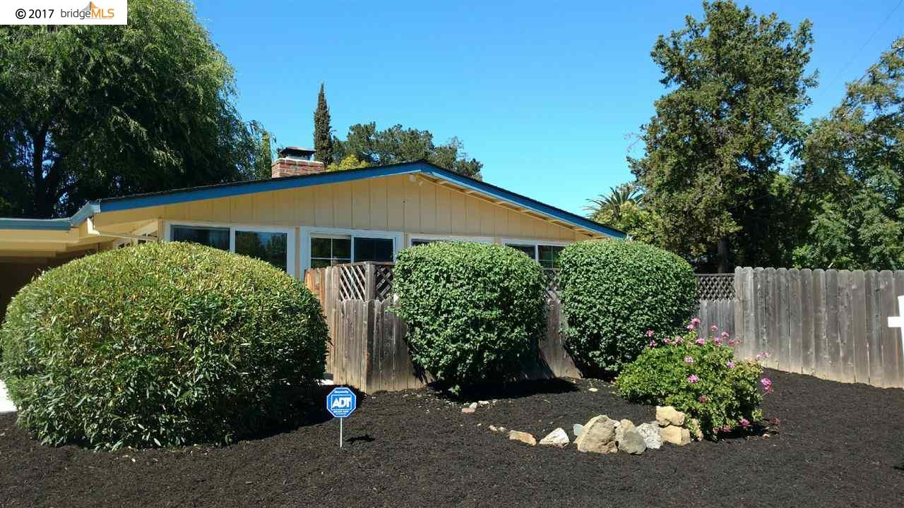 Single Family Home for Sale at 1745 Toyon Drive Concord, California 94520 United States