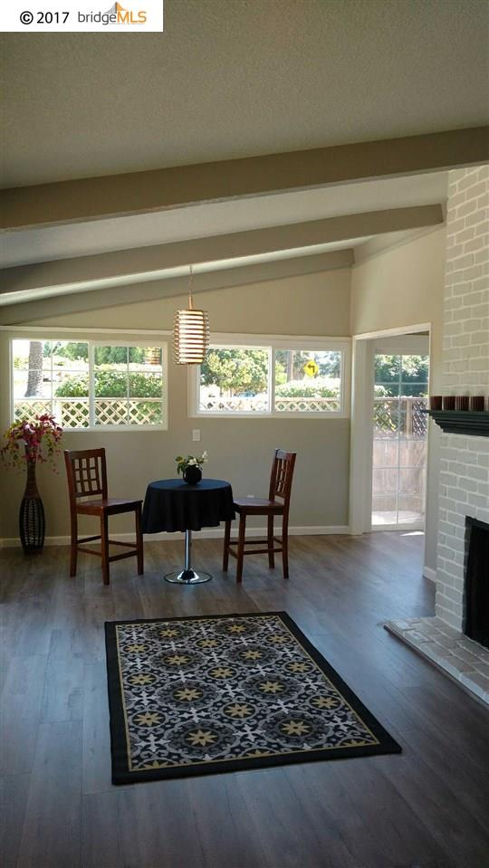 Additional photo for property listing at 1745 Toyon Drive  Concord, カリフォルニア 94520 アメリカ合衆国