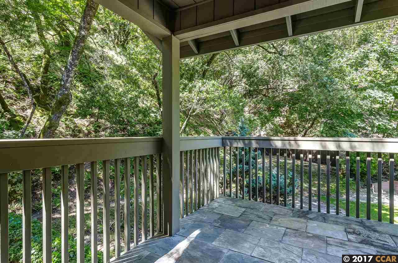 Additional photo for property listing at 27 Southampton Place  Lafayette, California 94549 Estados Unidos