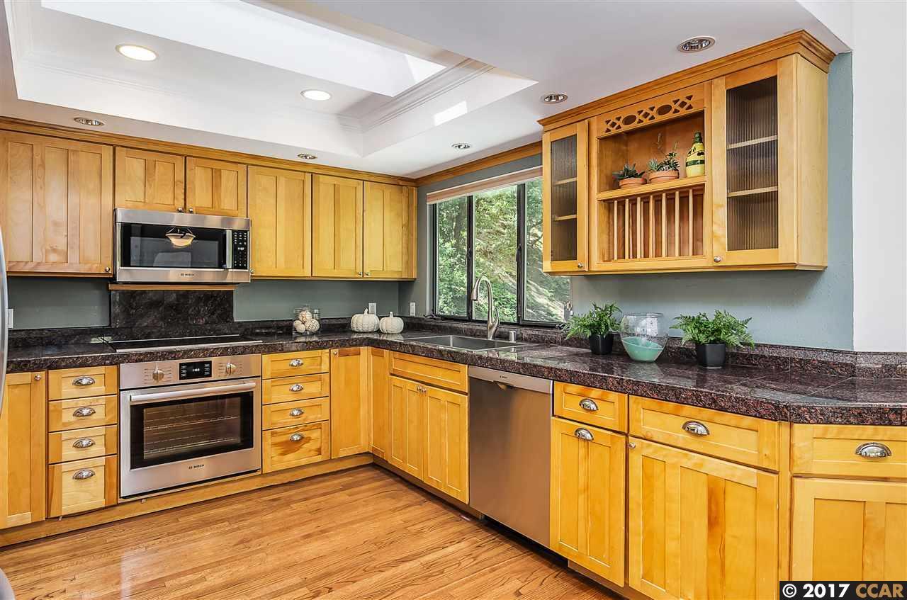 Additional photo for property listing at 27 Southampton Place  Lafayette, 加利福尼亞州 94549 美國