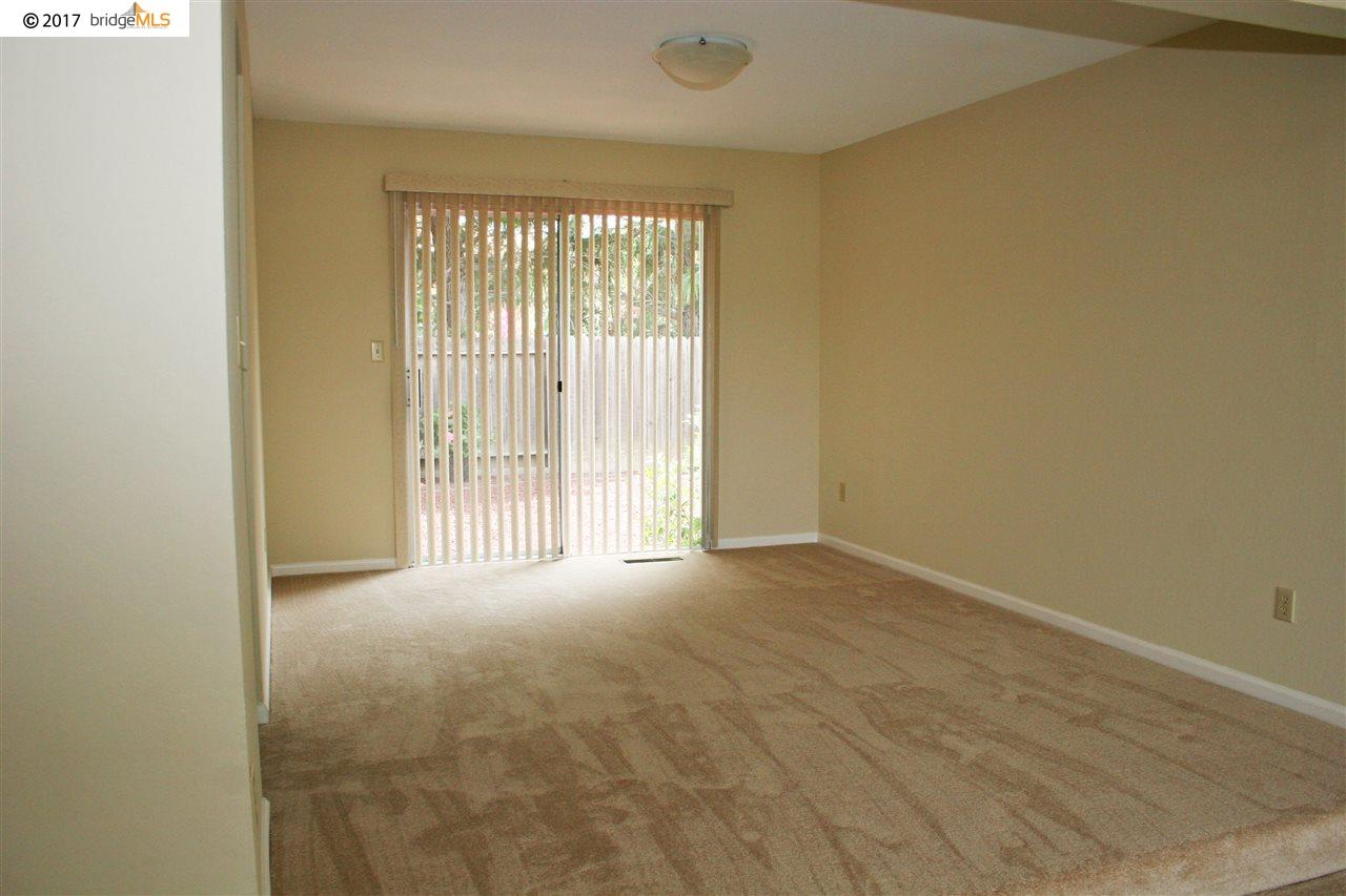 Additional photo for property listing at 2329 Cambridge Drive  Antioch, California 94509 United States
