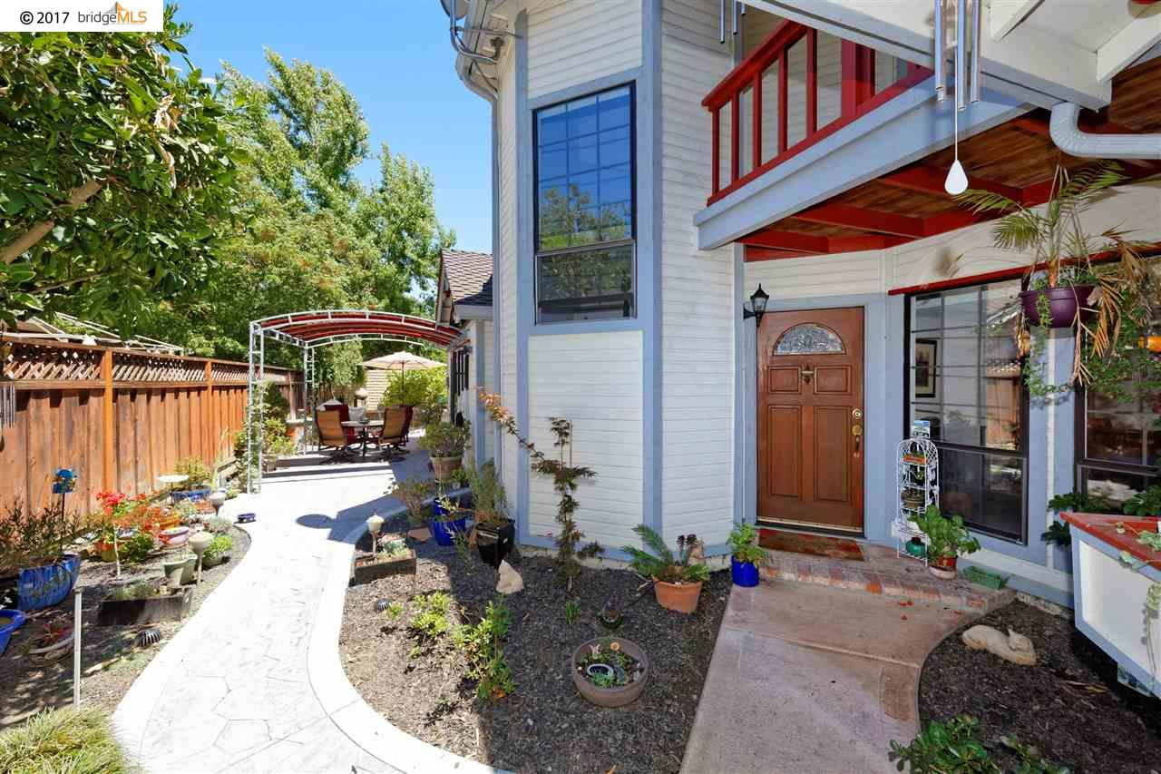 Additional photo for property listing at 1129 Tiffany Lane  Pleasanton, California 94566 Estados Unidos