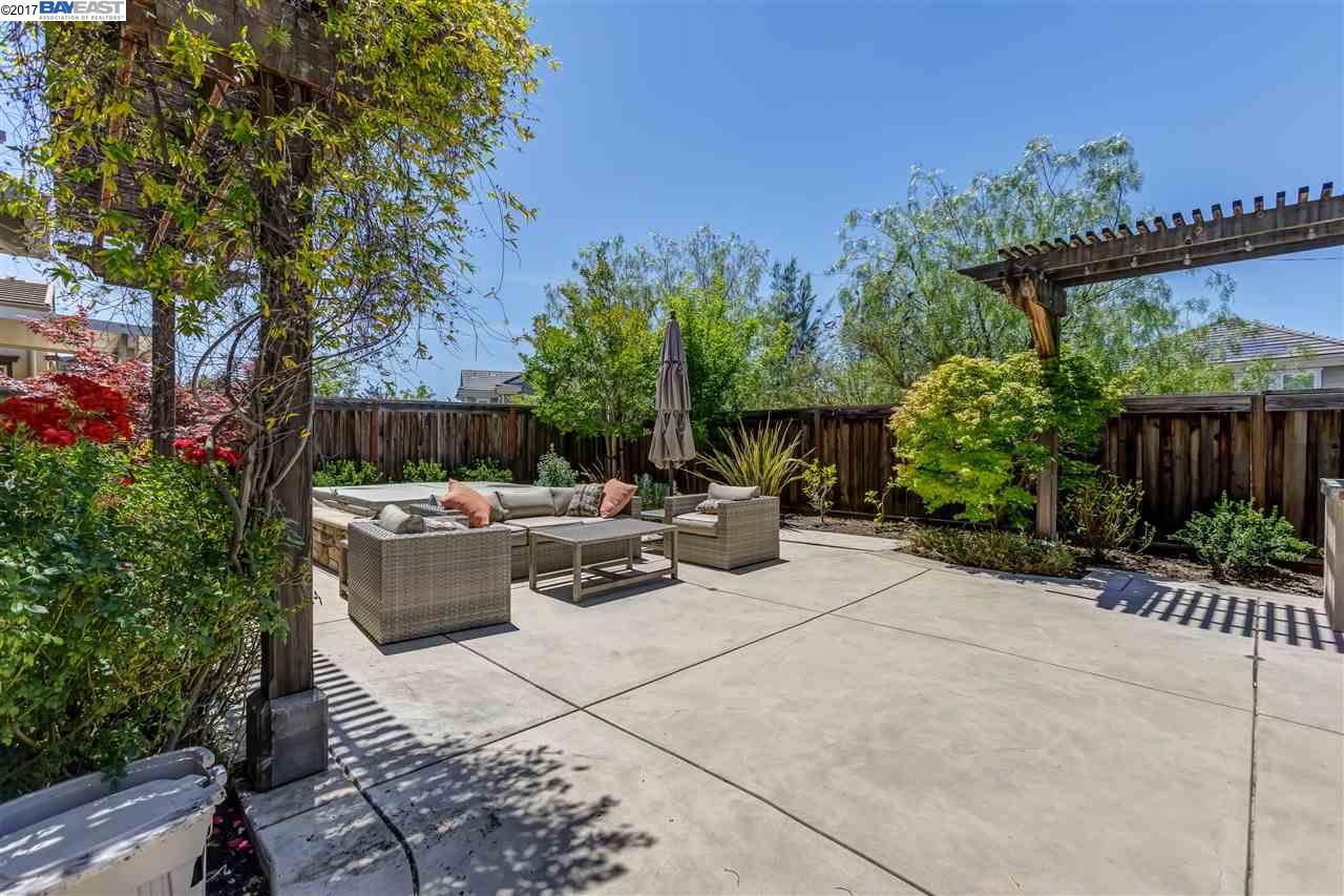 Additional photo for property listing at 3460 Cashmere Street  Danville, California 94506 United States
