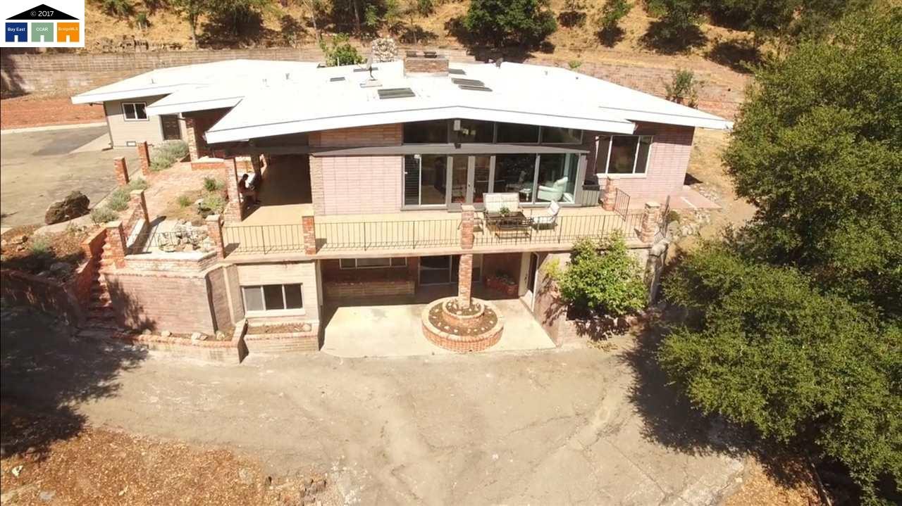 Single Family Home for Sale at 35691 Palomares Road Castro Valley, California 94552 United States