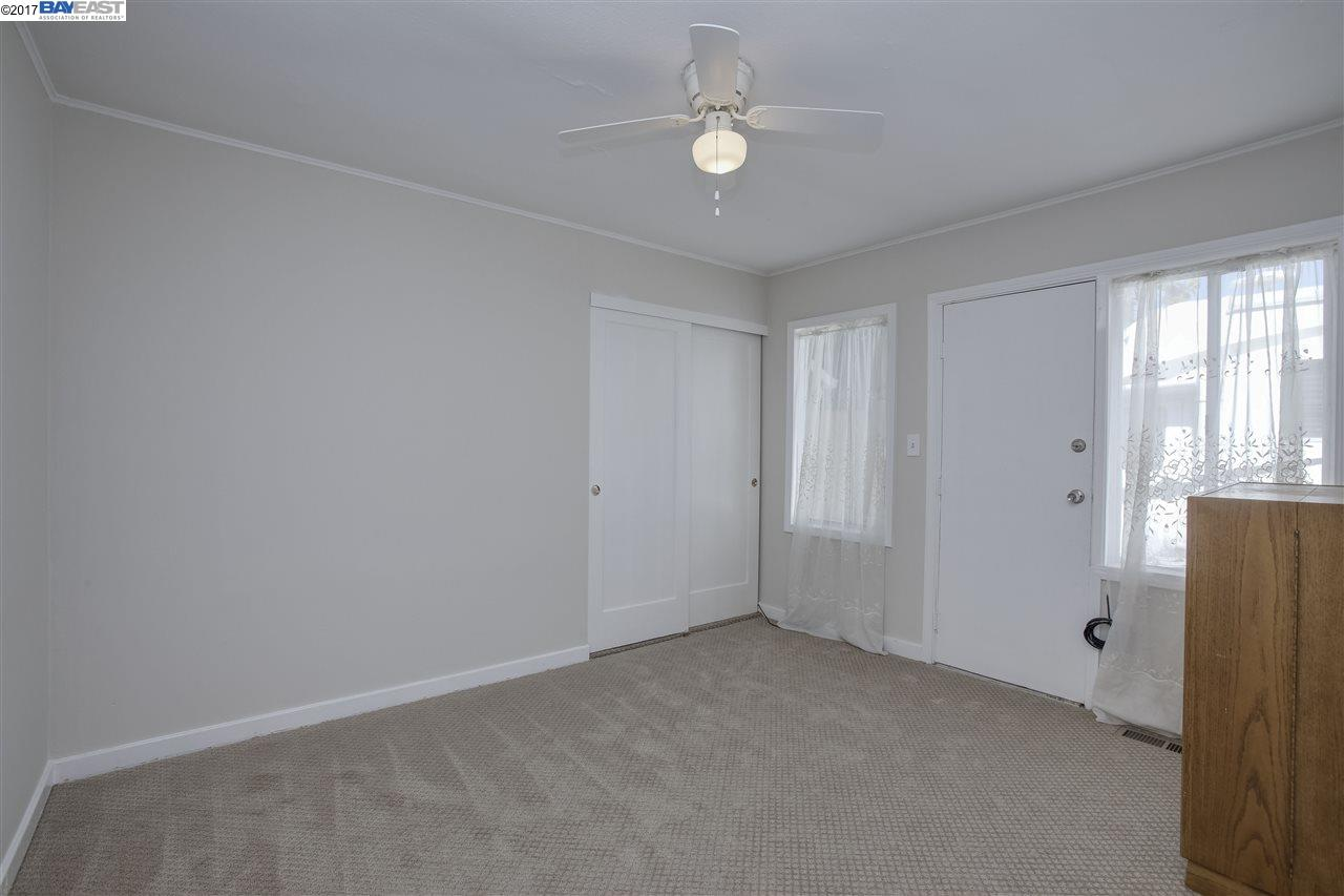 Additional photo for property listing at 1950 E Street  Hayward, Kalifornien 94541 Vereinigte Staaten