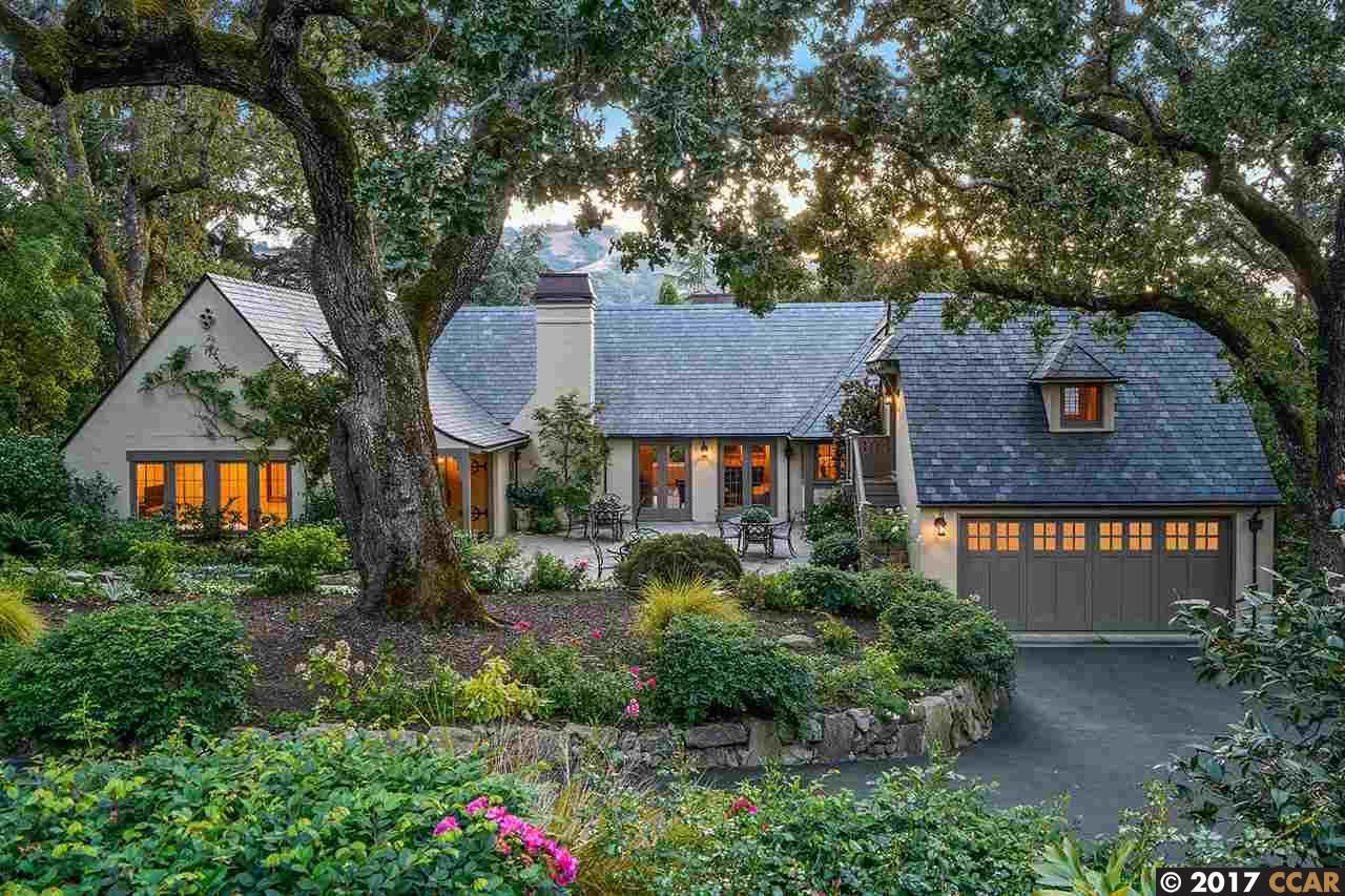 Частный односемейный дом для того Продажа на 27 LA NORIA Orinda, Калифорния 94563 Соединенные Штаты