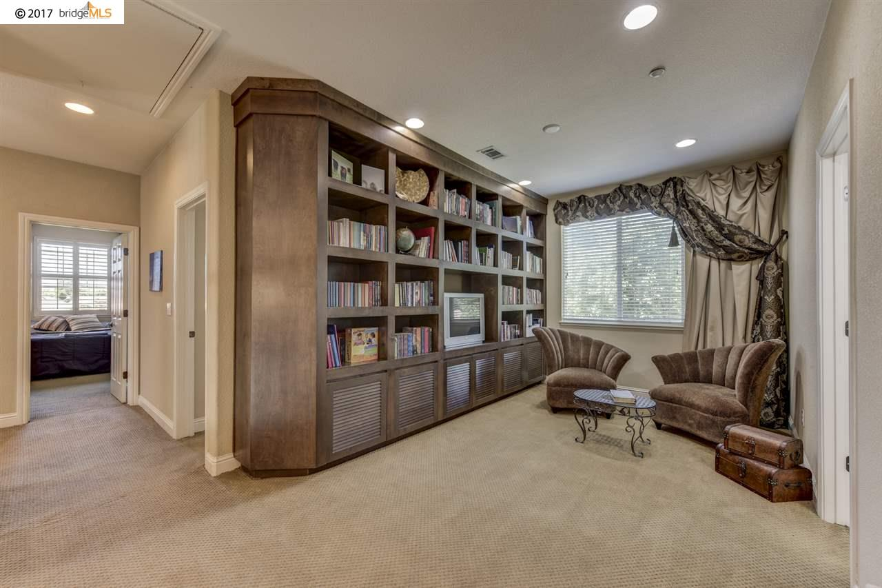 Additional photo for property listing at 2719 CATHEDRAL Circle  Brentwood, California 94513 United States