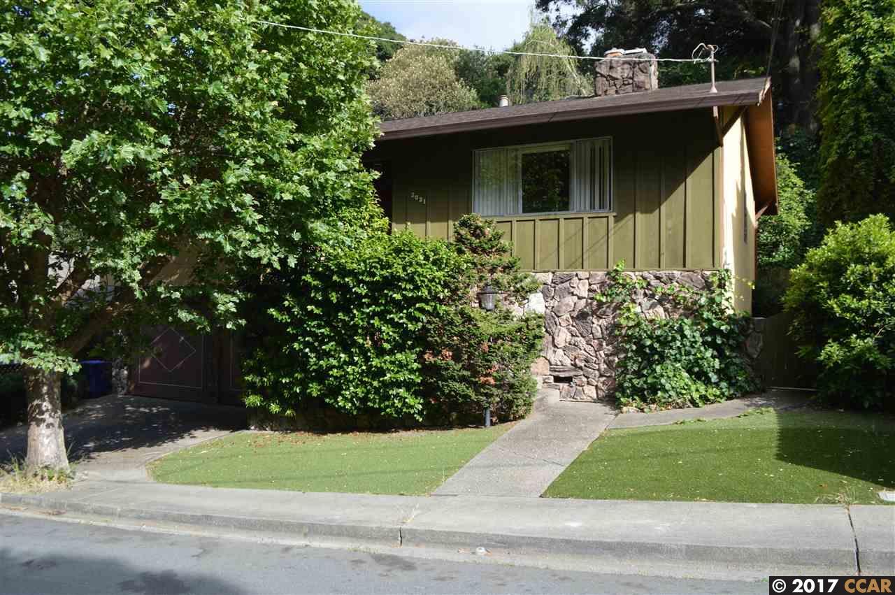 Casa Unifamiliar por un Venta en 2031 Buena Vista Drive Pinole, California 94564 Estados Unidos