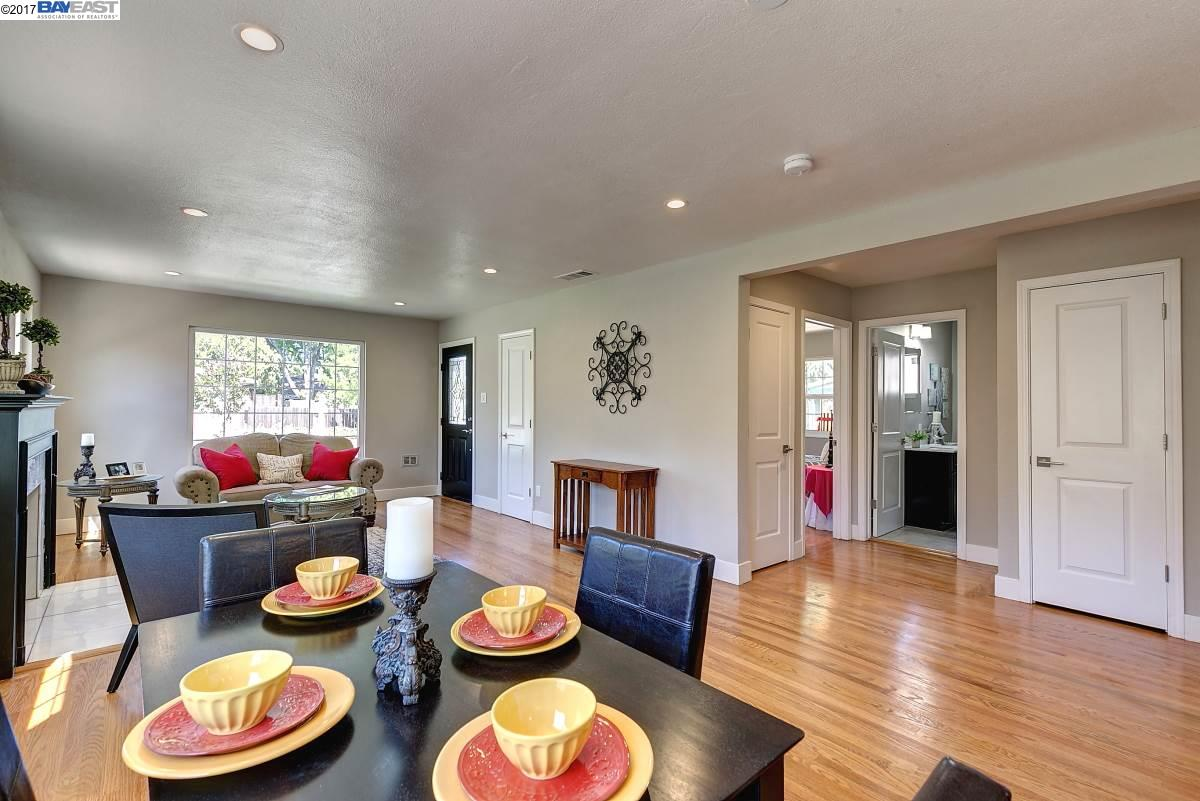 Additional photo for property listing at 660 S P Street  Livermore, カリフォルニア 94550 アメリカ合衆国