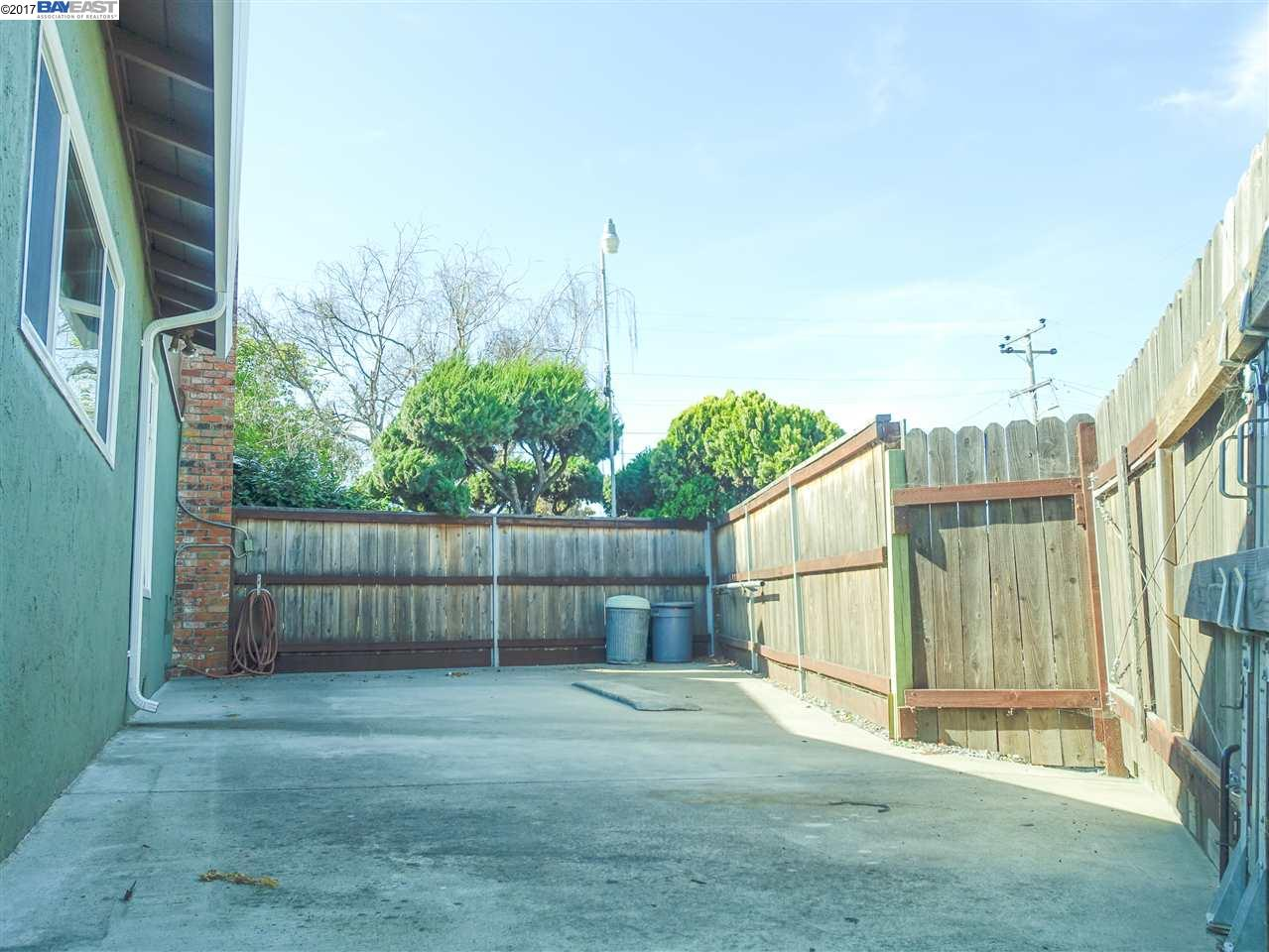 Additional photo for property listing at 2736 Hawthorne Court  Hayward, California 94545 Estados Unidos