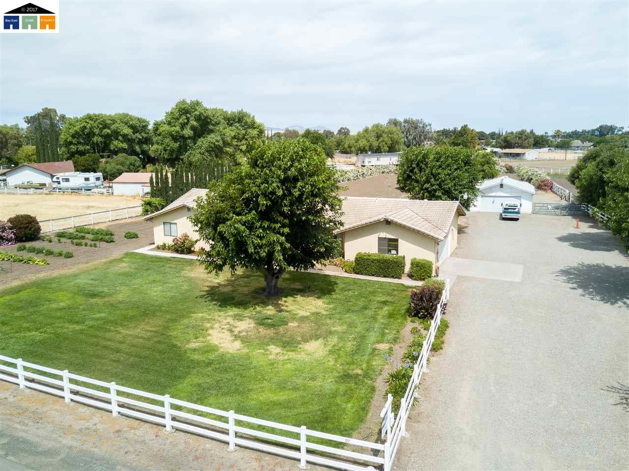 Additional photo for property listing at 16261 Redondo Drive  Tracy, California 95304 United States