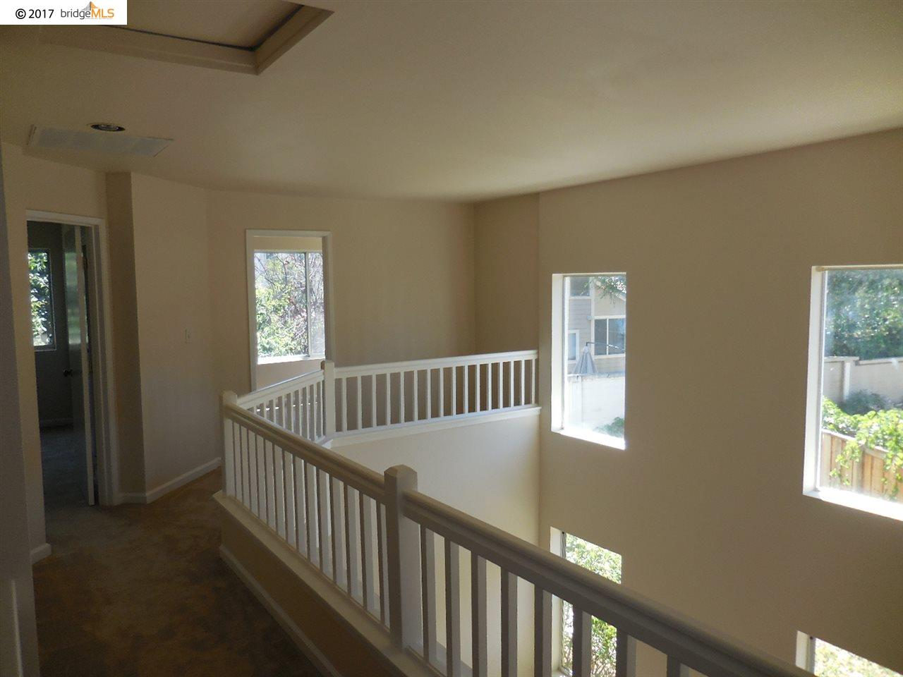 Additional photo for property listing at 1722 Rosemary Court  Antioch, California 94531 Estados Unidos