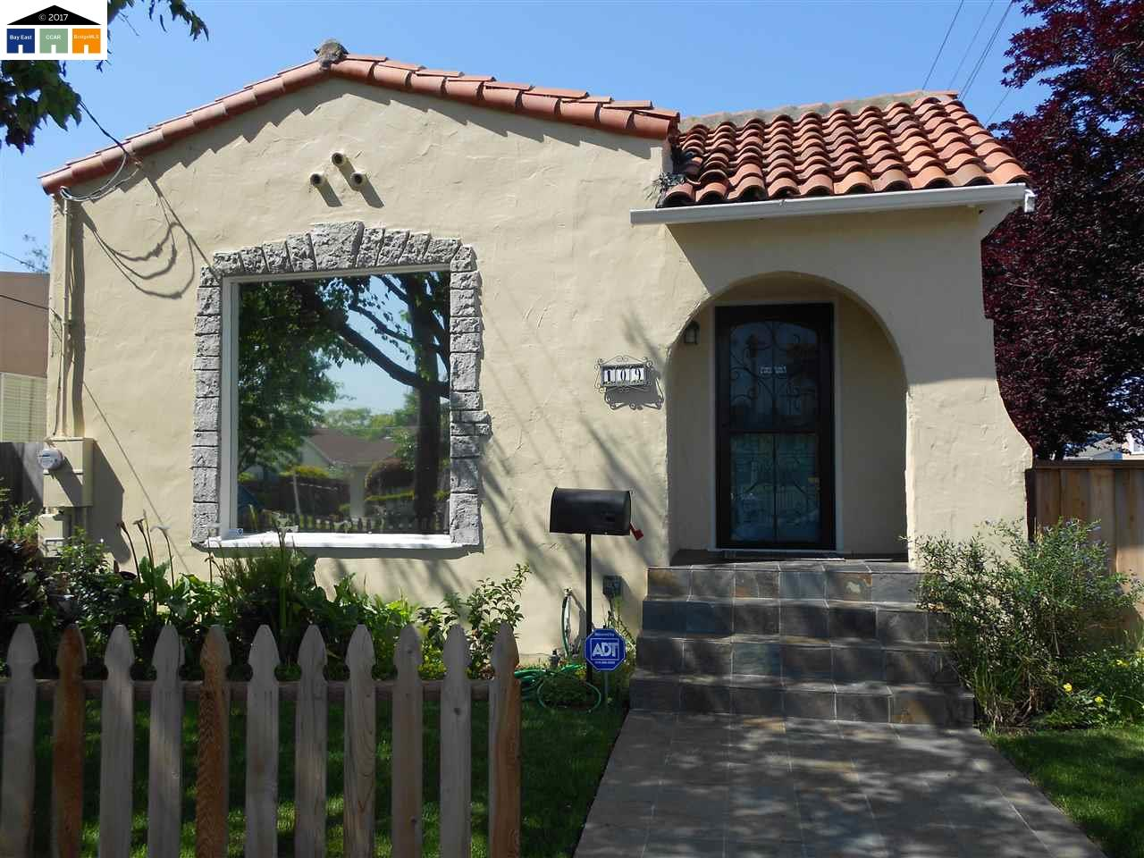 Single Family Home for Sale at 109 BREED Avenue San Leandro, California 94577 United States