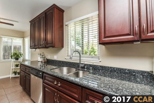 Additional photo for property listing at 2430 Marcia Drive  Pleasant Hill, Californie 94523 États-Unis