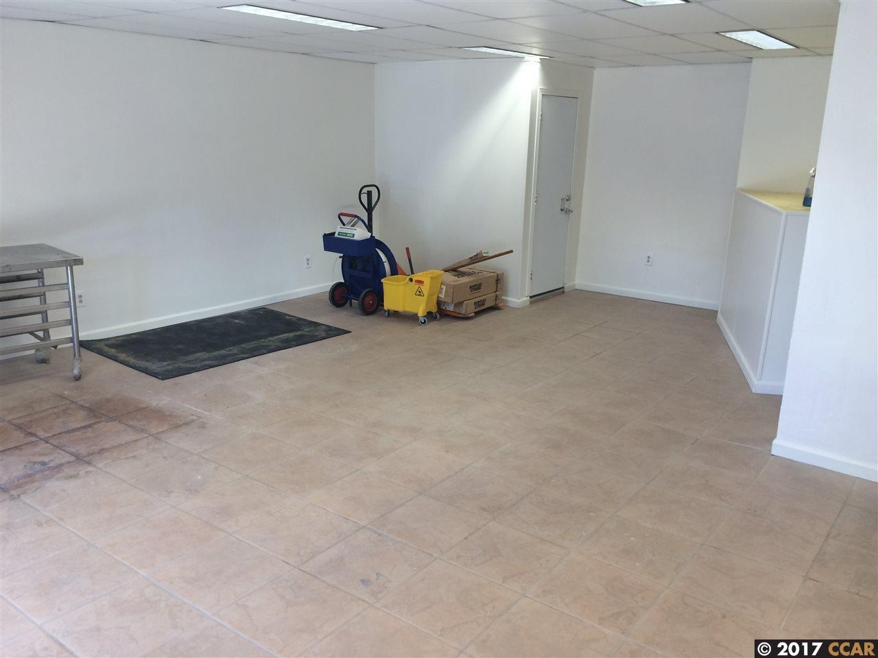 Additional photo for property listing at 1019 Solano Avenue 1019 Solano Avenue Albany, Калифорния 94706 Соединенные Штаты