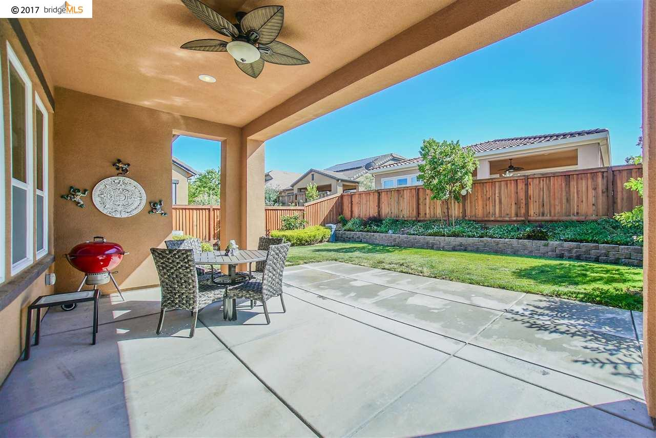 Additional photo for property listing at 1538 Symphony Circle  Brentwood, Kalifornien 94513 Vereinigte Staaten