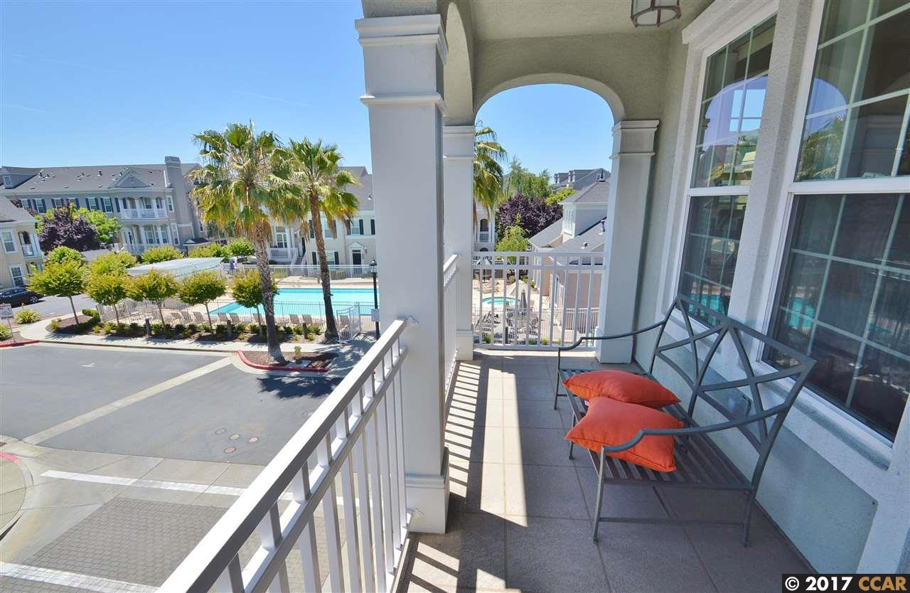 Additional photo for property listing at 3789 Dunmore Lane  Dublin, カリフォルニア 94568 アメリカ合衆国