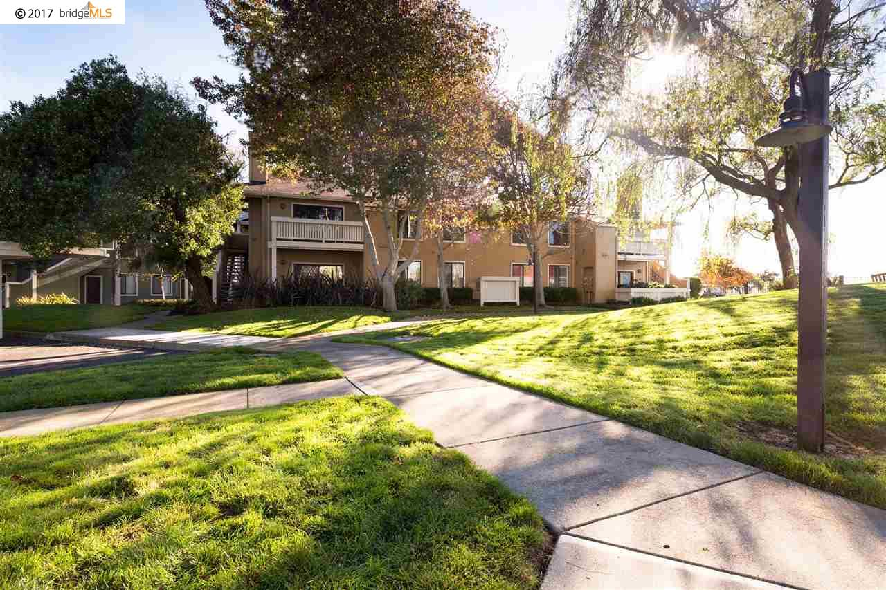 Additional photo for property listing at 114 Schooner Court  Richmond, California 94804 United States