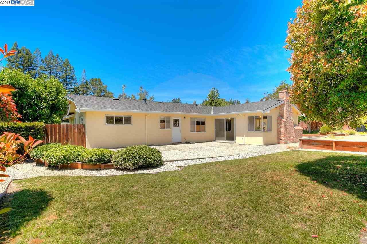 153 Ivy Dr, ORINDA, CA 94563