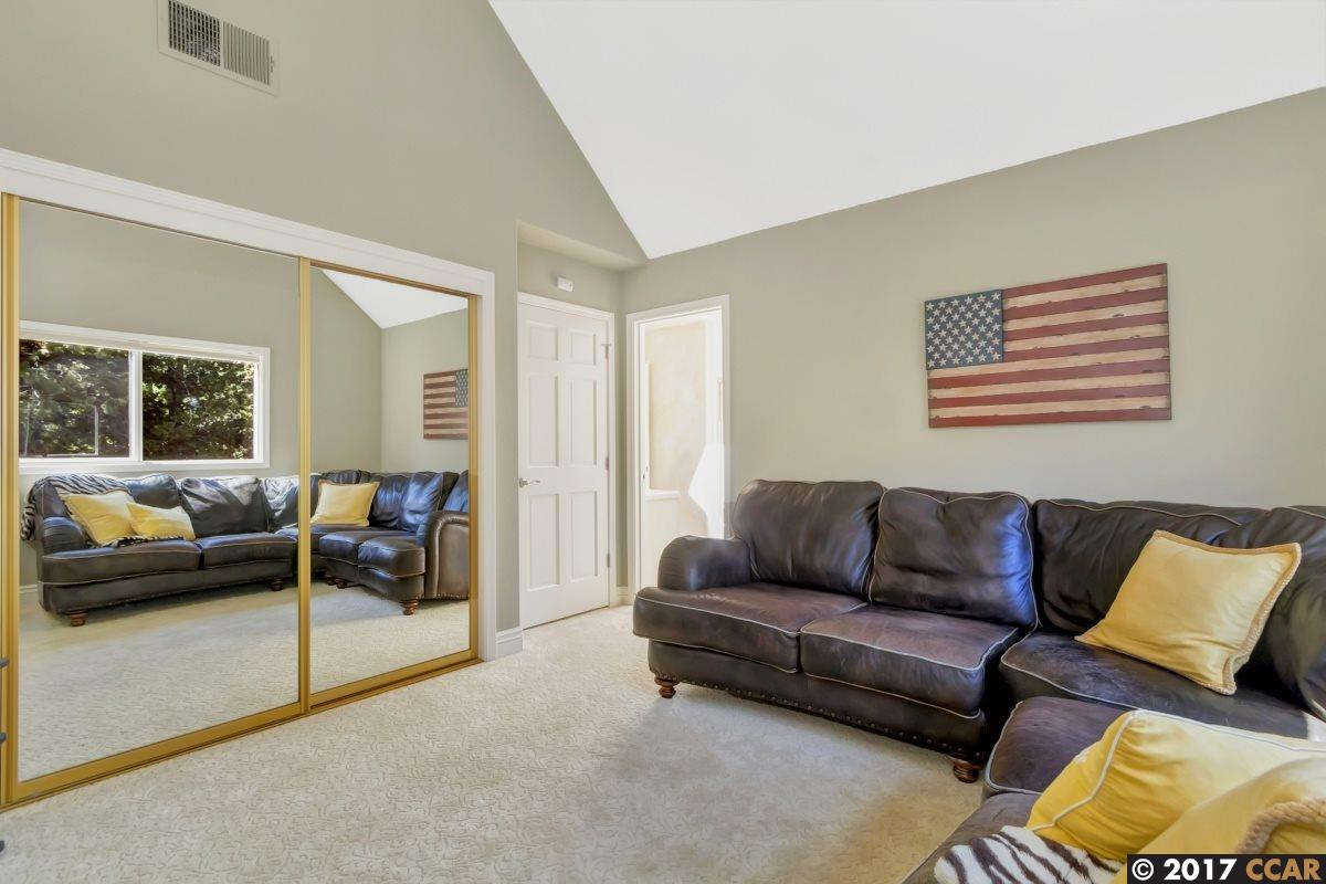 Additional photo for property listing at 4311 Quail Run Court  Danville, California 94506 Estados Unidos