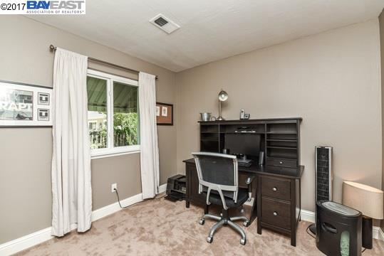 Additional photo for property listing at 1817 Concord Court  Concord, Californie 94521 États-Unis