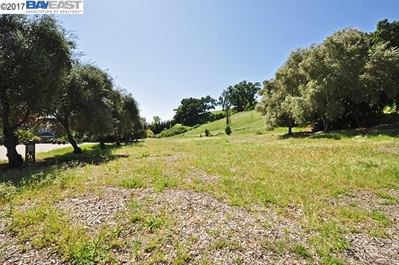 Additional photo for property listing at 8244 Fondray Court  Pleasanton, 加利福尼亞州 94566 美國
