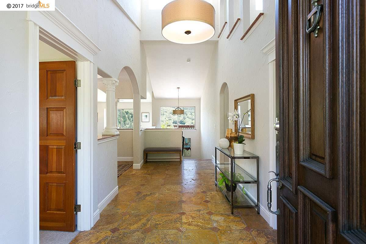 Additional photo for property listing at 7100 WESTMOORLAND DRIVE  Berkeley, California 94705 United States