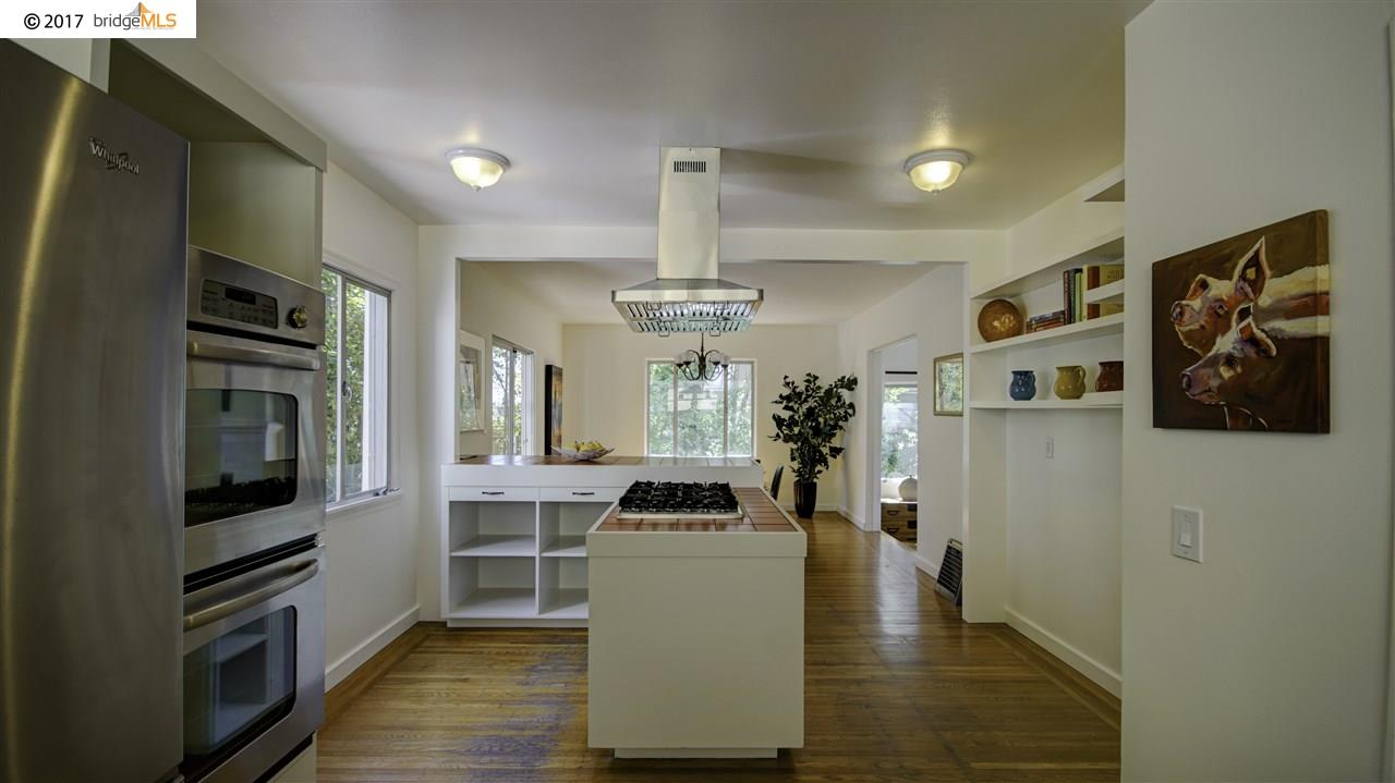 Additional photo for property listing at 10 Florida Avenue  Berkeley, Californie 94707 États-Unis