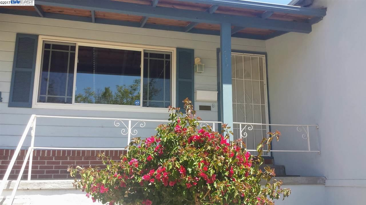 Additional photo for property listing at 19004 Clemans Drive  Castro Valley, Калифорния 94546 Соединенные Штаты
