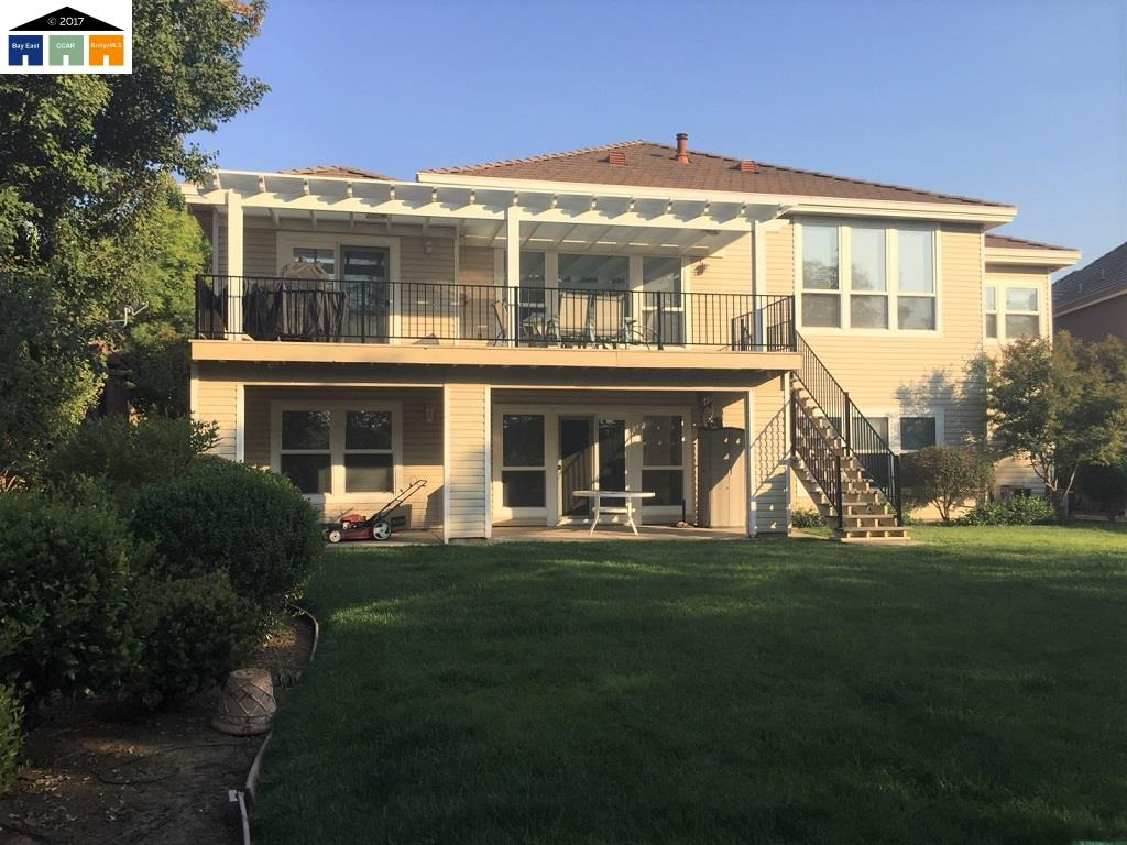 Single Family Home for Sale at 25 Waterfront Court Copperopolis, California 95228 United States