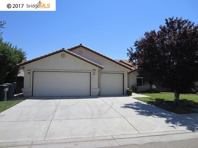 Casa Unifamiliar por un Venta en 203 Santa Lucia Drive Madera, California 93637 Estados Unidos