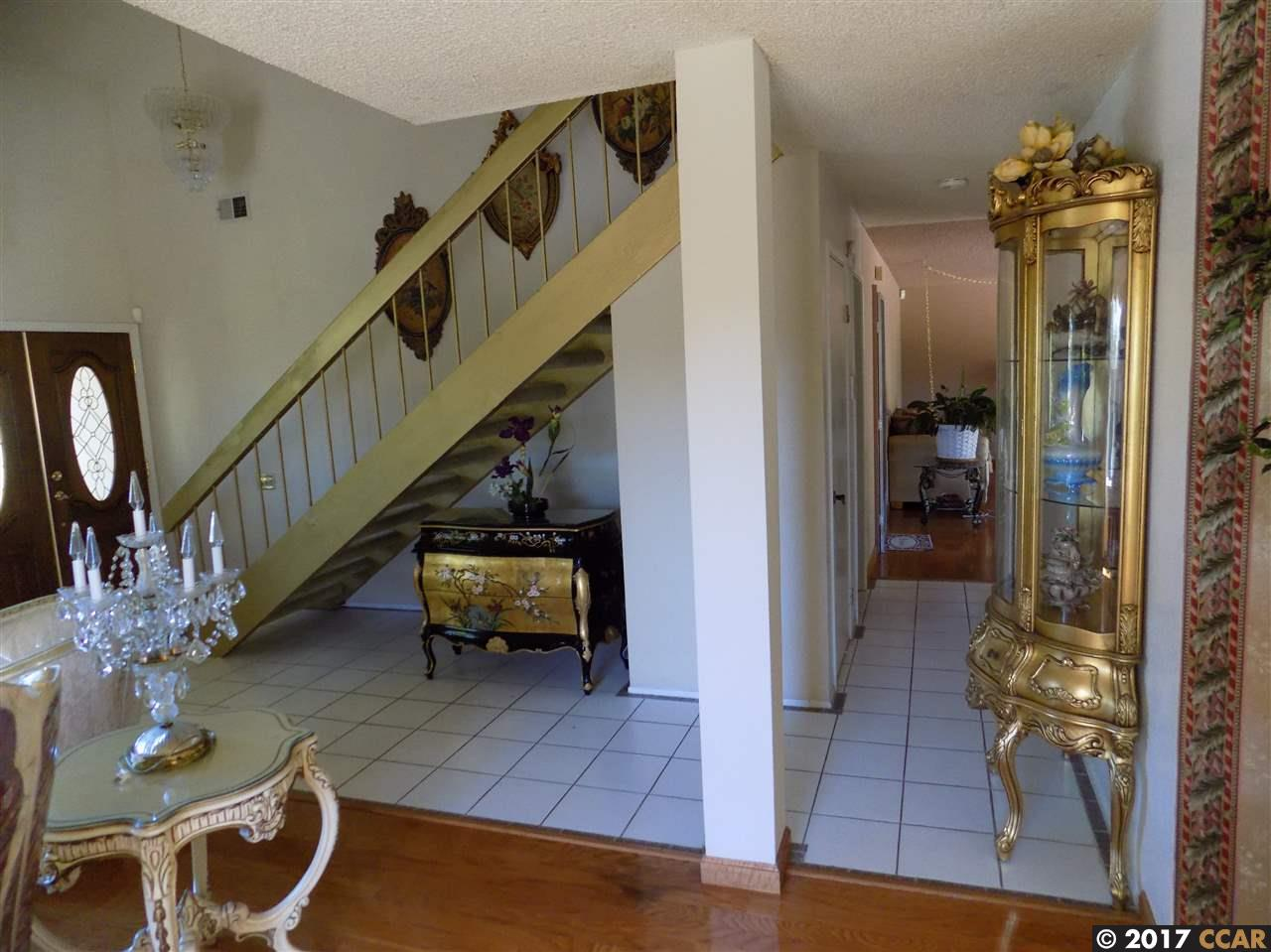 Additional photo for property listing at 3752 Painted Pony  El Sobrante, カリフォルニア 94803 アメリカ合衆国