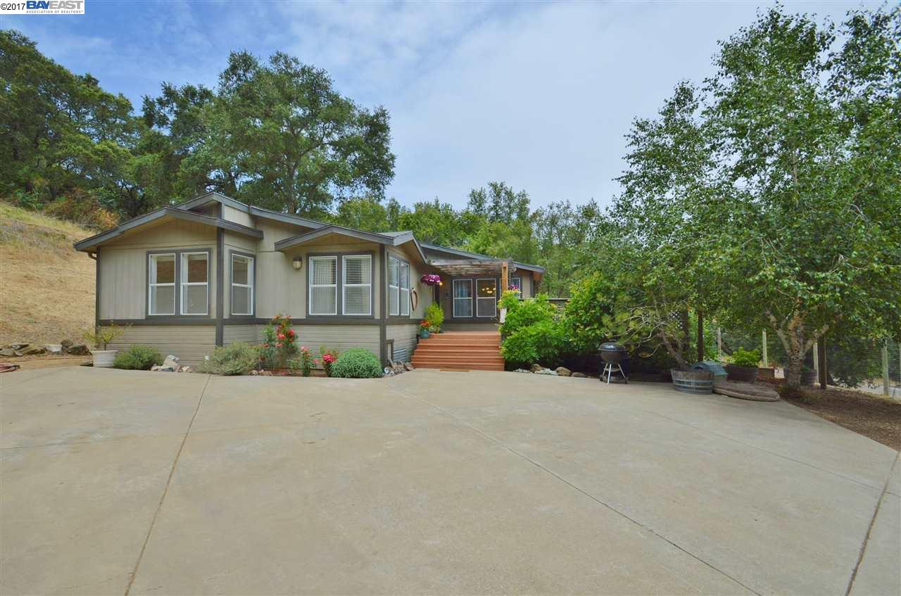 Additional photo for property listing at 33803 Palomares Road 33803 Palomares Road Castro Valley, カリフォルニア 94552 アメリカ合衆国