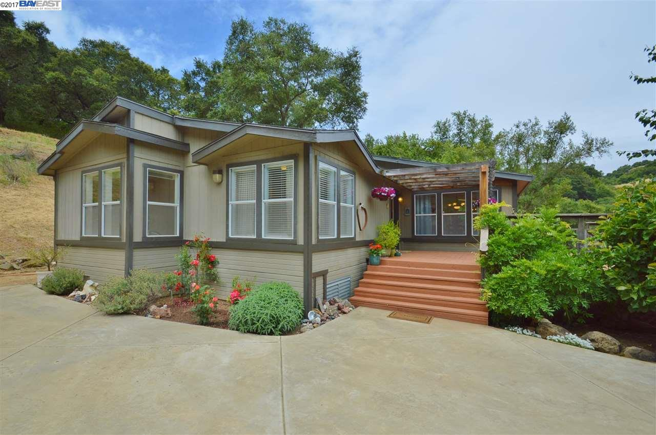 Additional photo for property listing at 33803 Palomares Road 33803 Palomares Road Castro Valley, Kalifornien 94552 Vereinigte Staaten