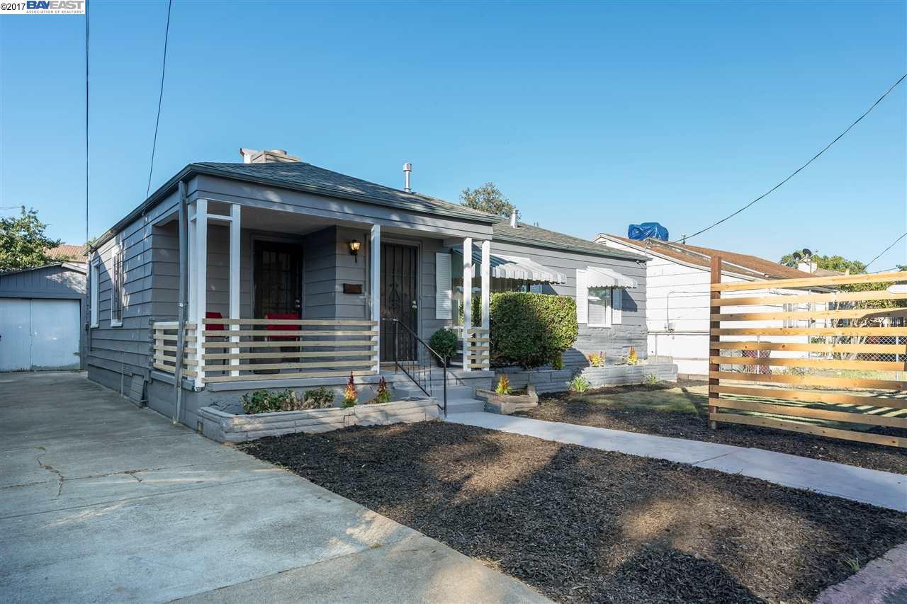 Single Family Home for Sale at 10946 ROBLEDO DRIVE 10946 ROBLEDO DRIVE Oakland, California 94603 United States
